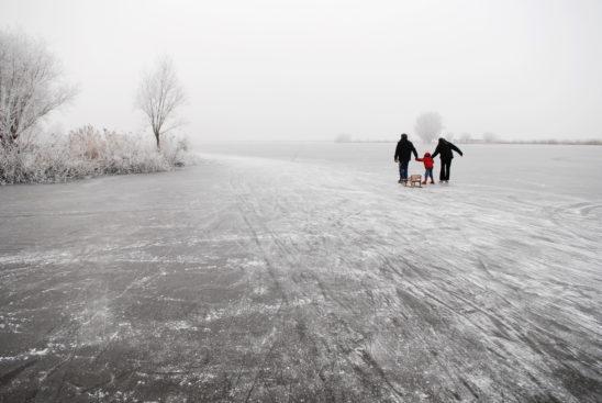 Schaatsers op Weisleat bij Heeg - FrieslandStock