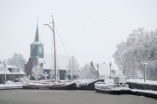 Haven van Oudega SWF in winter - FrieslandStock