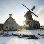 Houtzaagmolen De Rat in winter - FrieslandStock