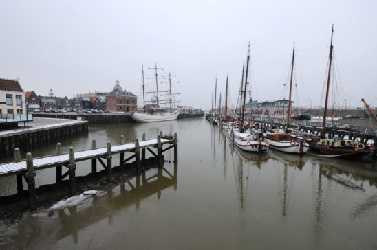 Haven Harlingen in winter - FrieslandStock