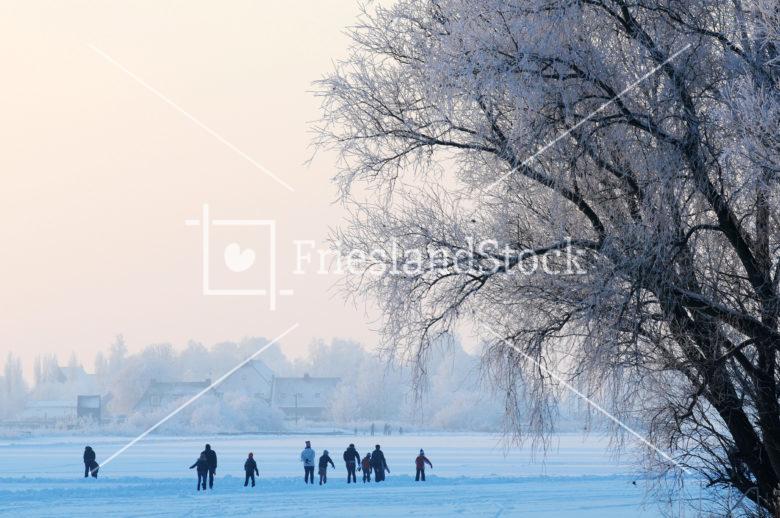 Schaatsen op Weisleat bij Heeg - FrieslandStock